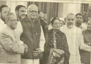 S. M ASIF WITH PARANAB MUKHERJEE AND LA KRISHAN ADVANI